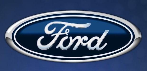 Ford будет показывать кино на ветровом стекле авто