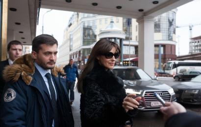 Моника Беллуччи и Эмир Кустурица на премьере в Москве