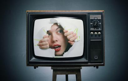 В Госдуме предложили запретить прерывать фильмы ради рекламы