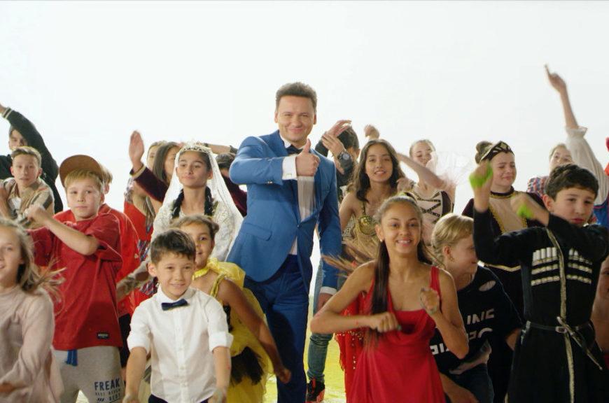 Гимн проекта НТВ «Ты супер! Танцы» объединил 12 стран